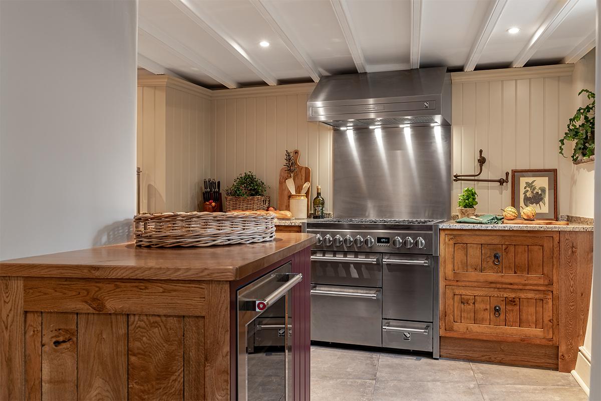 Croft House Kitchen units 72 pixel images 1200 x 800