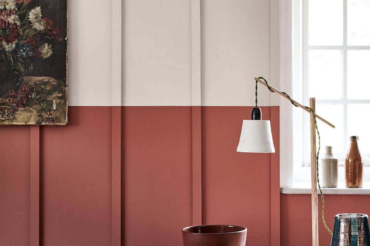 French Grey 113, Tuscan Red 140 - Detail