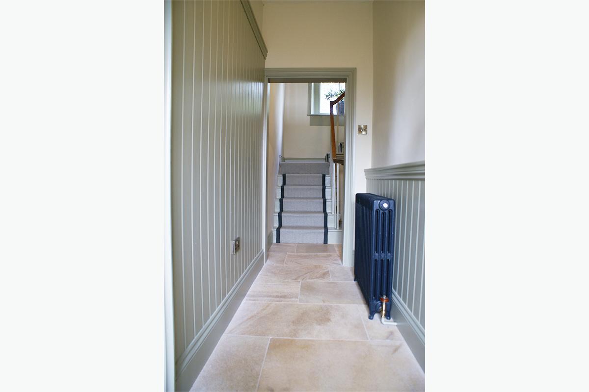 Healey hallway panelling 72 pixel images 1200 x 800