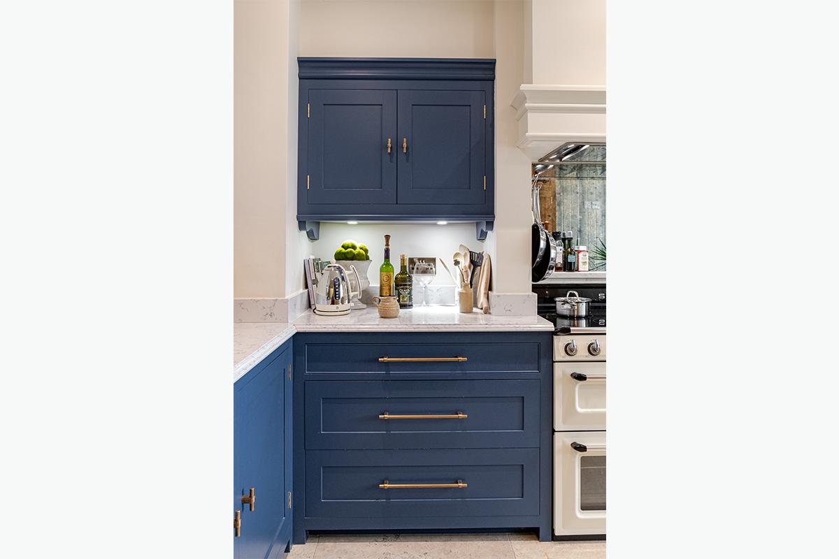 Middleham kitchen door knobs 1200 x 800 72 pixel