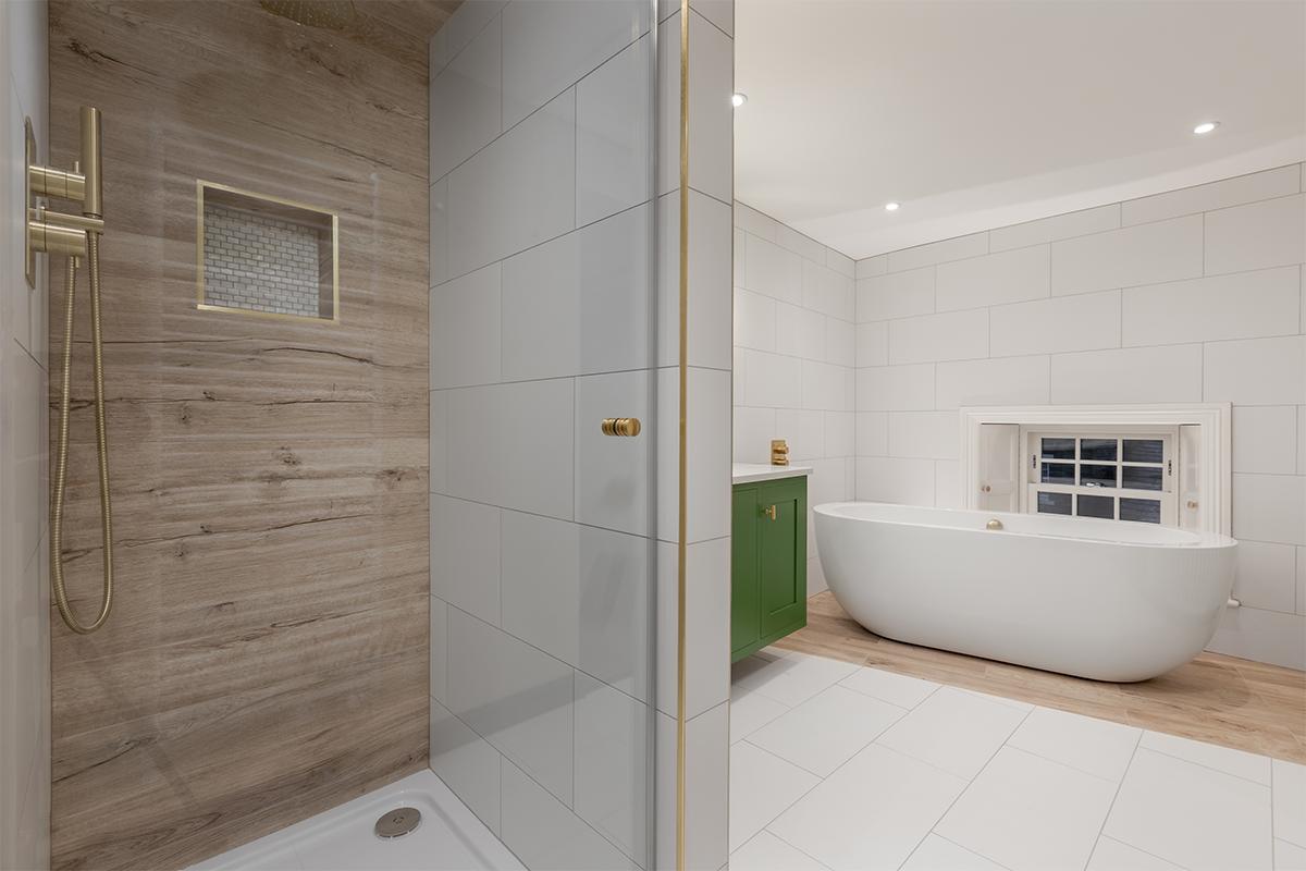 Westleigh Bath shower 72 pixel images 1200 x 800