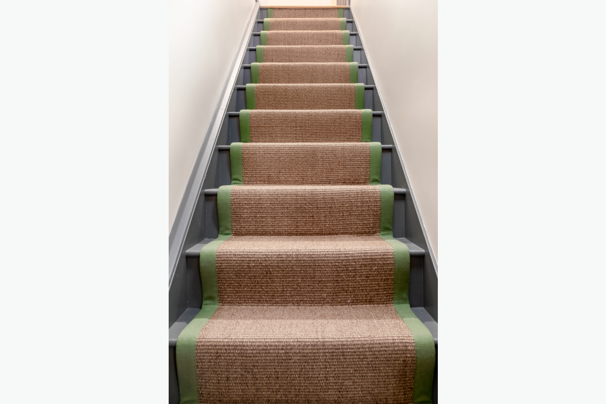 Westleigh stair runner 72 pixel images 1200 x 800